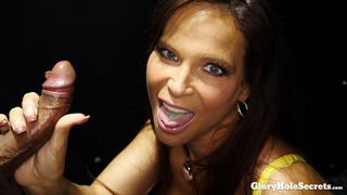 Syren\'s First Gloryhole Video